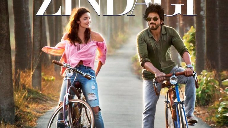 First Teaser For Gauri Shinde's 'DEAR ZINDAGI' Is Disappointingly Short