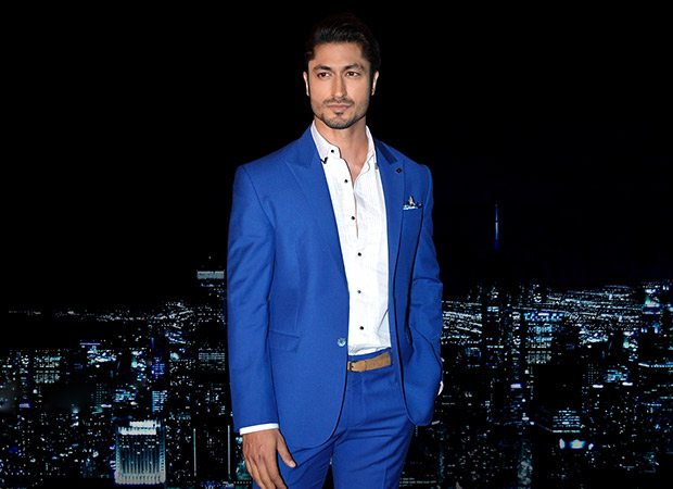 After Hrithik Roshan in Kaabil, Vidyut Jammwal to play visually impaired role in Aankhen 2
